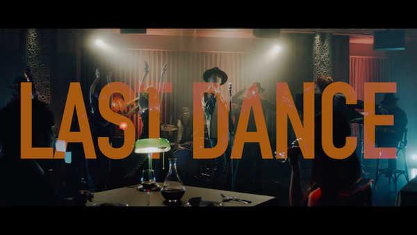 「LAST DANCE」ミュージックビデオ