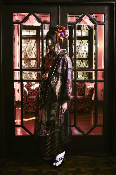 亜沙、約3年ぶりのオリジナルアルバム発売決定&カバー収録となる沢田研二の「TOKIO」MV公開